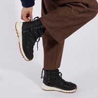 Women's ThermoBall Lace-up Boots in Black