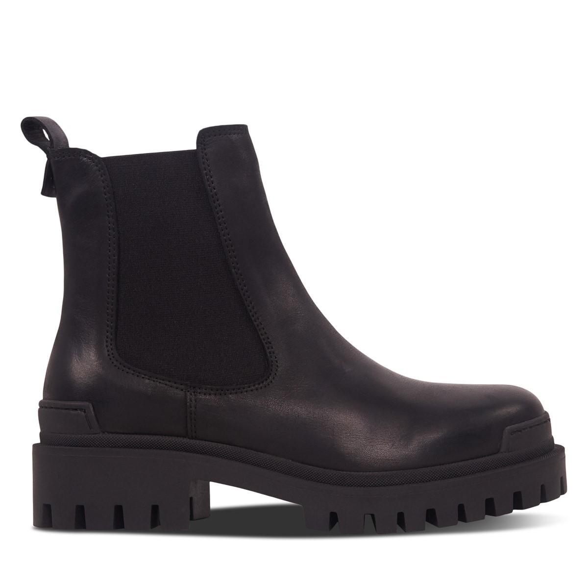Women's Peneloppe Chelsea Boots in Black