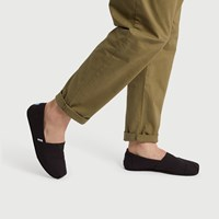 Men's Classic Slip-Ons in Black